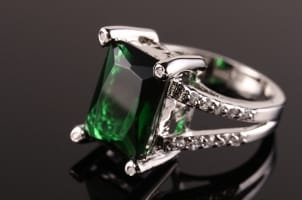 Top 5 Emerald Ring Styles